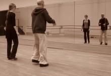 Astaire et Lully© est un projet de comédie en cours de création. Dans ce spectacle, Fred Astaire (Jean-Pierre Douterluigne aux claquettes) et Ginger Rogers (Astrée Wartelle au flamenco) communiquent et s'affrontent par la danse. La musique consiste en une déclinaison de la « Marche pour la cérémonie des Turcs » de Lully en différents registres musicaux : tantôt swing, tantôt flamenco, tantôt marche funèbre...